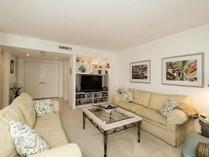 Eigentumswohnung for sales at PARK SHORE - MONACO BEACH CLUB 4401  Gulf Shore Blvd  N 1406   Naples, Florida 34103 Vereinigte Staaten