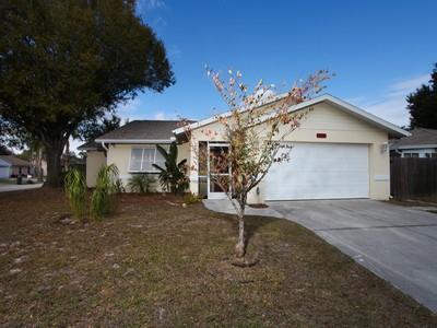 Maison unifamiliale for sales at COLONIAL OAKS 2550  Briar Oak Cir Sarasota, Florida 34232 États-Unis