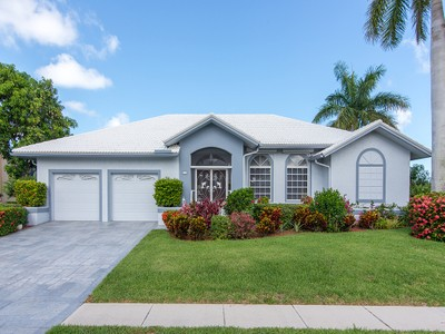 Single Family for sales at 930 Hyacinth Ct  Marco Island, Florida 34145 United States