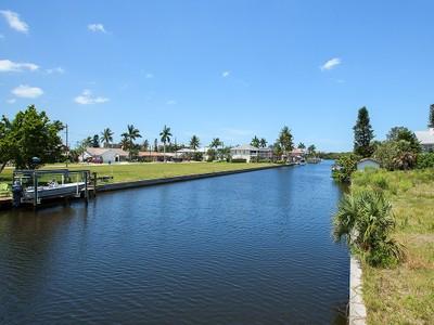 Land for sales at IMPERIAL SHORES 4839  Esplanade St  Bonita Springs, Florida 34134 United States