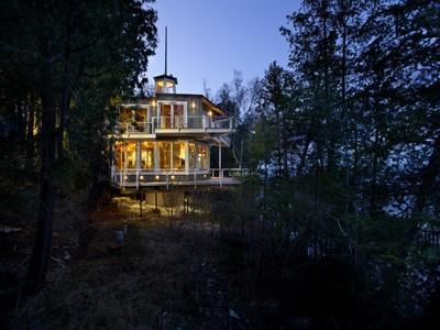 Maison unifamiliale for sales at 12676 Door Bluff Park Road  Ellison Bay, Wisconsin 54210 États-Unis