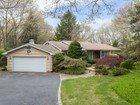 Villa for sales at Ranch 12 Woodmont Rd Melville, New York 11747 Stati Uniti