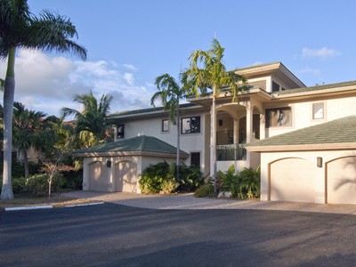 Condominium for sales at Waterfront Condominium Living at Ocean Reef 45 Pumpkin Cay Road 2nd FLoor Unit B Key Largo, Florida 33037 United States