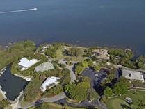 Terreno for sales at Finest Bay Front Vacant Land at Ocean Reef 6 & 7 Cannon Point Road  Ocean Reef Community, Key Largo, Florida 33037 Estados Unidos