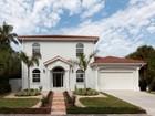 Maison unifamiliale for sales at VENICE GULF VIEW 212  Park Blvd  S Venice, Florida 34285 États-Unis