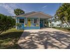 Single Family Home for  sales at NAPLES - AVALON ESTATES 3618  Poplar Way, Naples, Florida 34112 United States