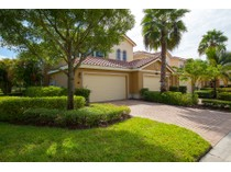 Condomínio for sales at FIDDLER'S CREEK - LAGUNA 9292  Belle Ct 101   Naples, Florida 34114 Estados Unidos