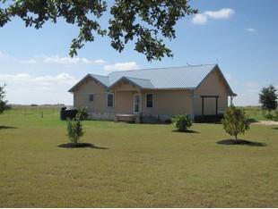 Farm / Ranch / Plantation for sales at 3880 CR 302, Bartlett  Bartlett, Texas 76511 United States