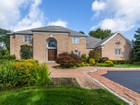 Casa Unifamiliar for  sales at Colonial 29 Saddle Ln  Old Brookville, Nueva York 11545 Estados Unidos