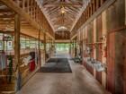 Hacienda / Granja / Rancho / Plantación for sales at Amazing Horse Property on 14.3+/- Acres 432 Breeze Way Boerne, Texas 78006 Estados Unidos