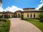 獨棟家庭住宅 for sales at PARK SHORE 750  Fountainhead Ln Naples, 佛羅里達州 34103 美國