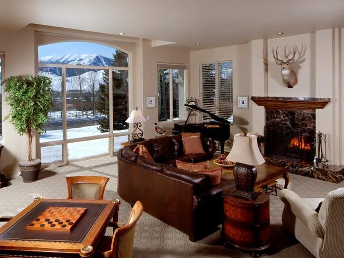 Casa para uma família for sales at Great Baldy Views and Sunshine 101 Keystone Sun Valley, Idaho 83353 Estados Unidos