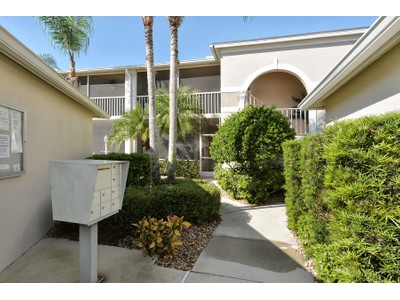共管式独立产权公寓 for sales at STONEYBROOK COUNTRY CLUB 9651  Castle Point Dr 1322  Sarasota, 佛罗里达州 34238 美国