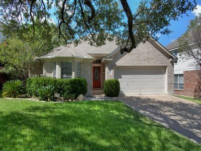 獨棟家庭住宅 for sales at Beautiful Cul-De-Sac Home in Jade Oaks 6307 Jade Glen  San Antonio, 德克薩斯州 78249 美國