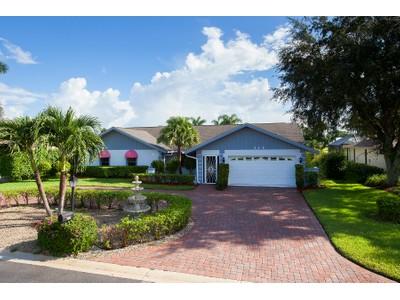 Частный односемейный дом for sales at LELY COUNTRY CLUB - TORREY PINES 215  Torrey Pines Pt  Naples, Флорида 34113 Соединенные Штаты