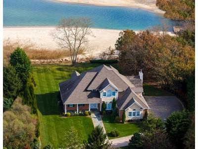 Casa para uma família for sales at 2 Story 1440 Kimberly Ln  Southold, Nova York 11971 Estados Unidos
