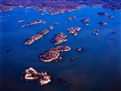 Casa Unifamiliar for sales at Best Buy in the Thimble Islands! 1 Bear Island Branford, Connecticut 06405 Estados Unidos