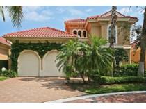 Casa para uma família for sales at PELICAN BAY - VILLA LA PALMA 8812  La Palma Ln   Naples, Florida 34108 Estados Unidos