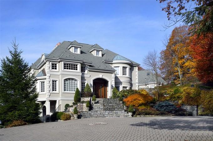 Casa para uma família for sales at Wind Song 156 W Tower Hill Rd Tuxedo Park, Nova York 10987 Estados Unidos