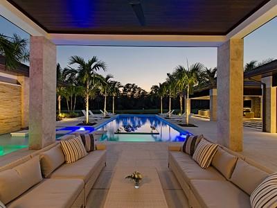 Casa para uma família for sales at GREY OAKS - ESTUARY AT GREY OAKS 1223  Gordon River Trail Trl Naples, Florida 34105 Estados Unidos
