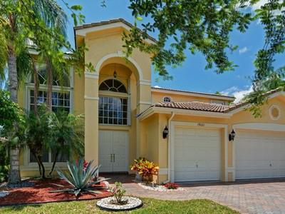 Maison unifamiliale for sales at 19221 Skyridge Cir, Boca Raton, FL 33498 19221  Skyridge Cir  Boca Raton, Florida 33498 États-Unis