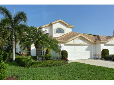Nhà phố for sales at STONEYBROOK GOLF AND COUNTRY CLUB 8724  Pebble Creek Ln Sarasota, Florida 34238 Hoa Kỳ