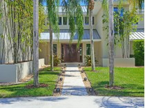 Casa para uma família for sales at LAUREL OAK ESTATES 3111  Dick Wilson Dr   Sarasota, Florida 34240 Estados Unidos
