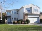 Condomínio for  sales at Homeowner Assoc 73 Hamlet Dr Hauppauge, Nova York 11788 Estados Unidos