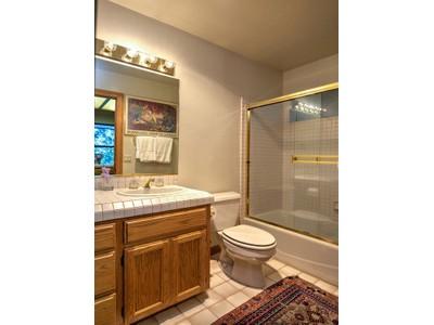 Casa para uma família for sales at 109 Knoll Cir, St. Helena, CA 94574 109  Knoll Cir St. Helena, Califórnia 94574 Estados Unidos