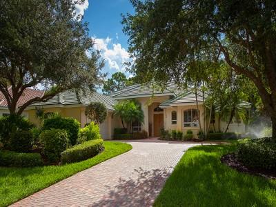 Maison unifamiliale for sales at PELICAN LANDING 24961  Goldcrest Dr  Bonita Springs, Florida 34134 États-Unis