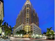 콘도미니엄 for sales at 1350 MAIN RESIDENTIAL 1350  Main St 1302   Sarasota, 플로리다 34236 미국