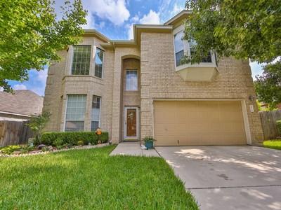 獨棟家庭住宅 for sales at Pristine Two-Story Home in Spring Creek Forest 5818 Spring Crown  San Antonio, 德克薩斯州 78247 美國