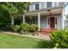 Casa para uma família for sales at Colonial 251-61 Gaskell Rd Little Neck, Nova York 11362 Estados Unidos