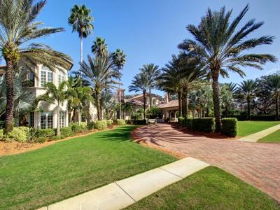 Einfamilienhaus for sales at TARPON SPRINGS 3255  Buffalo Run Tarpon Springs, Florida 34688 Vereinigte Staaten