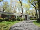 Maison unifamiliale for sales at Ranch 2 Soundview Dr Belle Terre, New York 11777 États-Unis