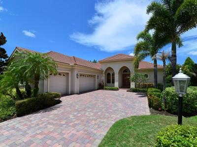 Maison unifamiliale for sales at LAKEWOOD RANCH COUNTRY CLUB VILLAGE 12509  Whitewater Pl Lakewood Ranch, Florida 34202 États-Unis