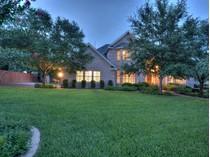 Einfamilienhaus for sales at 1909 Canonero DR, Austin    Austin, Texas 78746 Vereinigte Staaten