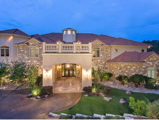 Single Family Home for sales at Exquisite Luxury Hom 2705 Island Ledge Cv Austin, Texas 78746 United States
