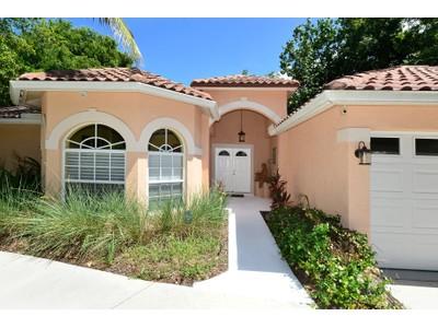 단독 가정 주택 for sales at BAY HAVEN; SAPPHIRE SHORES 915  Indian Beach Dr Sarasota, 플로리다 34234 미국