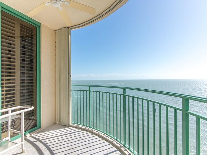 Kat Mülkiyeti for sales at CAPE MARCO - MONTERREY 980  Cape Marco Dr 1105 Marco Island, Florida 34145 Amerika Birleşik Devletleri