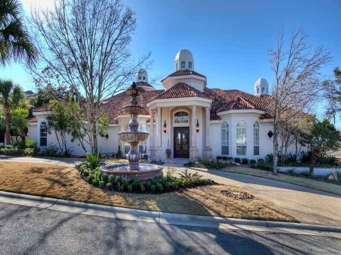 Single Family Home for sales at Majestic Home With Magnificent Views 5 Merrivale San Antonio, Texas 78257 United States