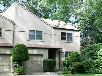 Casa Unifamiliar for sales at Homeowner Assoc 3 High Oak Ct 3 Huntington, Nueva York 11743 Estados Unidos