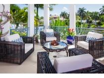 Villa for sales at COQUINA SANDS - NAPLES CASAMORE 1744  Gulf Shore Blvd  N   Naples, Florida 34102 Stati Uniti