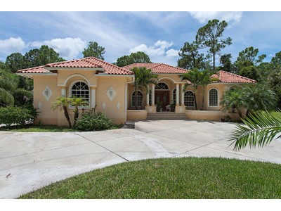 Частный односемейный дом for sales at GOLDEN GATE ESTATES 3510  1st Ave  SW Naples, Флорида 34117 Соединенные Штаты