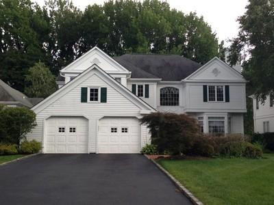 Casa para uma família for sales at Colonial   Manhasset, Nova York 11030 Estados Unidos