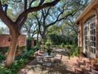 단독 가정 주택 for sales at Charming Home in a Perfect Country Setting 7 Dorchester Pl San Antonio, 텍사스 78209 미국