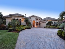 Casa para uma família for sales at LAKEWOOD RANCH COUNTRY CLUB VILLAGE 7018  Belmont Ct   Lakewood Ranch, Florida 34202 Estados Unidos