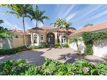 Casa Unifamiliar for sales at PELICAN LANDING-WATERSIDE 3616  Glenwater Ln   Bonita Springs, Florida 34134 Estados Unidos