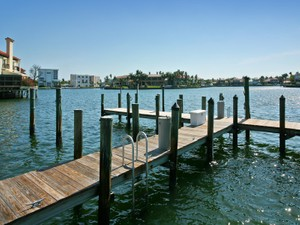 Additional photo for property listing at PARK SHORE - VENETIAN BAY YACHT CLUB 4090  Gulf Shore Blvd  N  Naples, Florida 34103 United States