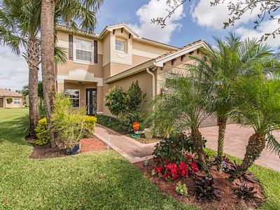 Tek Ailelik Ev for sales at MARBELLA LAKES 6465  Marbella Dr Naples, Florida 34105 Amerika Birleşik Devletleri